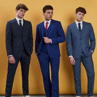 Enjoy further reductions on outlet prices in store, with shirts from £15, suits from £89 and trousers from £15!