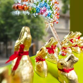 We would like to sweeten your day in this difficult time- please come and collect a free Lindt Goldbunny (50g) at the Lindt store. One Goldbunny per person, as long as stock lasts.